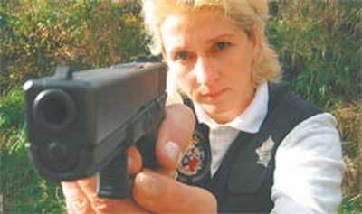 俄罗斯-克尔恰金娜   克尔恰金娜,她曾是一名射击运动员,后来被克格
