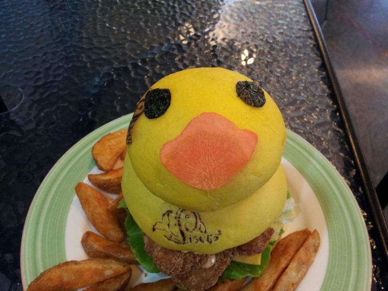 療癒系~黃色鴨鴨漢堡~ - 溫馨生活分享版 ::透可小鎮::Citytalk城市通